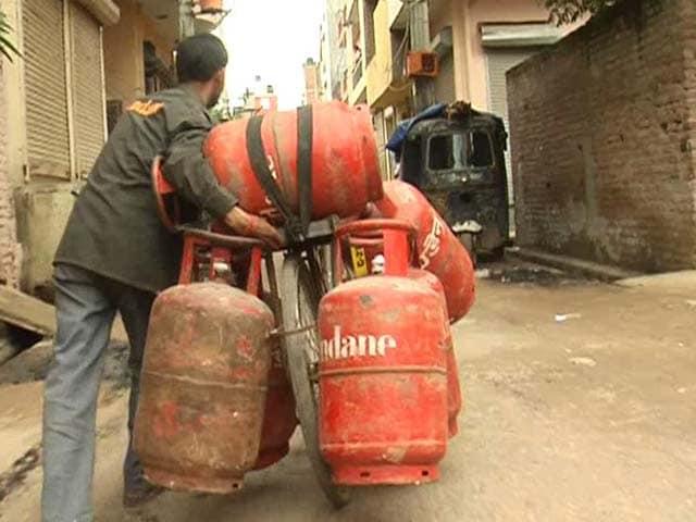 Video : Cabinet raises quota of subsidised gas cylinders