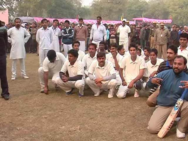 Video : Cricket for a cause in Tihar