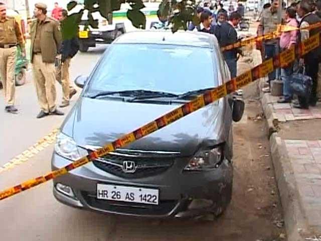 Video : Three people arrested in Delhi's Rs 8 crore car heist case