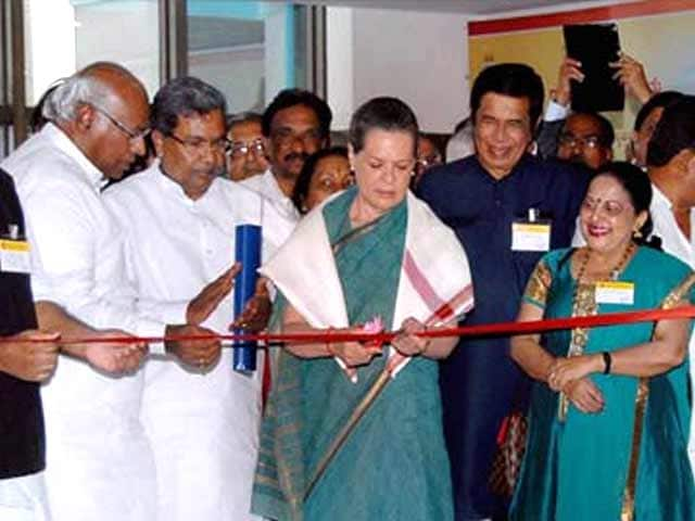 Video : BJP sowing seeds of poison in its hunger for power: Sonia Gandhi