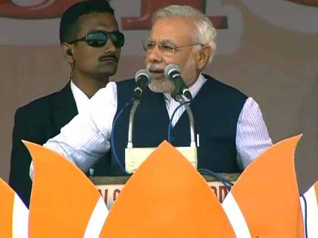 Video : Modi hits back at Sonia, says Congress, not BJP, sowing seeds of poison