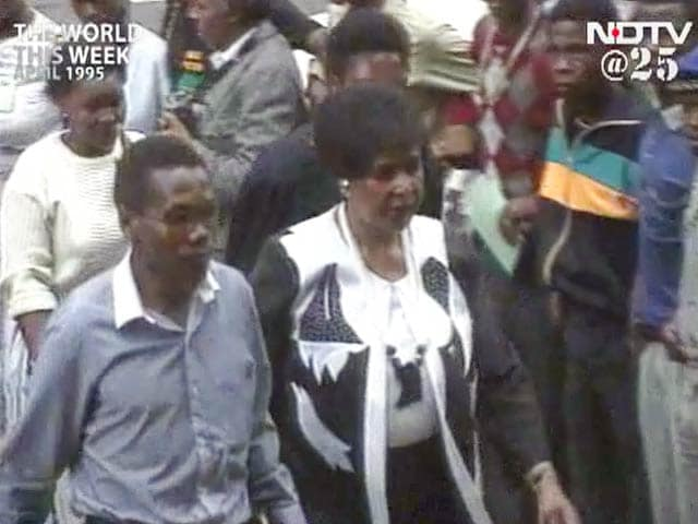 Video : The World This Week: Winnie Mandela fired from South Africa cabinet (Aired: April 1995)