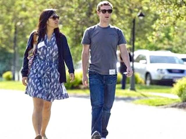 Video : Facebook's Mark Zuckerberg biggest US 2013 giver