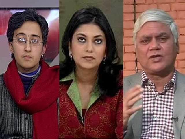 Video : Kejriwal targets Mukesh Ambani, Moily