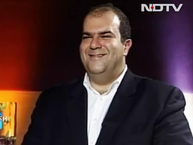 Video : Stelios Haji-Ioannou on low-cost airlines (Aired: July 2007)