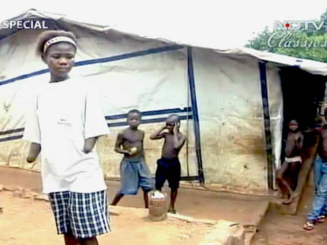 Video : The devastation of a civil war in Sierra Leone (Aired: June 2000)