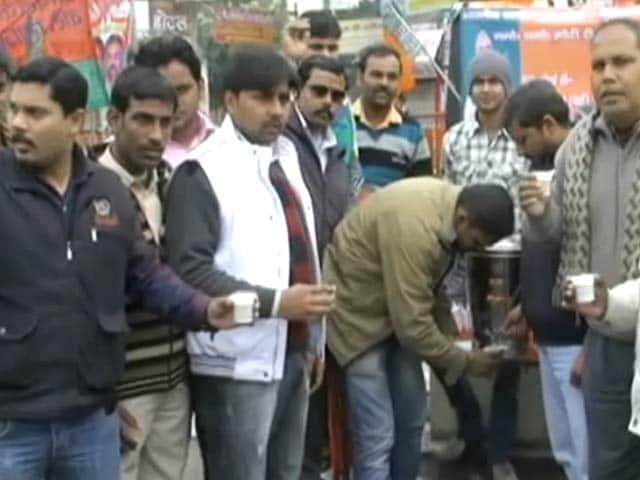 Videos : मोदी की चाय से मुकाबले के लिए 'राहुल दूध'