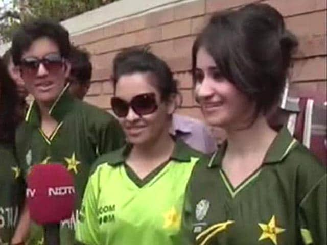 Pakistan fans ready to cheer team vs India