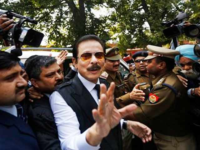 Video : Sahara chief Subrata Roy sent to Tihar Jail