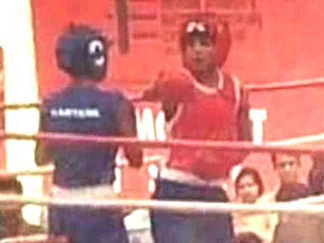 Video : Priyanka packs a punch in <i>Mary Kom</i>