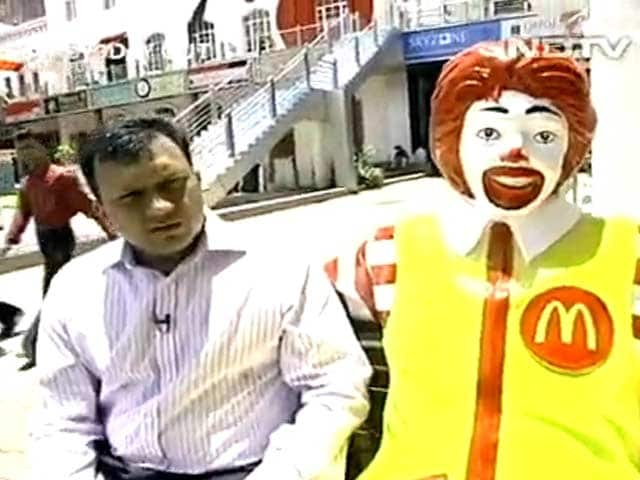 Video : Boss's Day Out: Amit Jatia of McDonald's (Aired: June 2006)