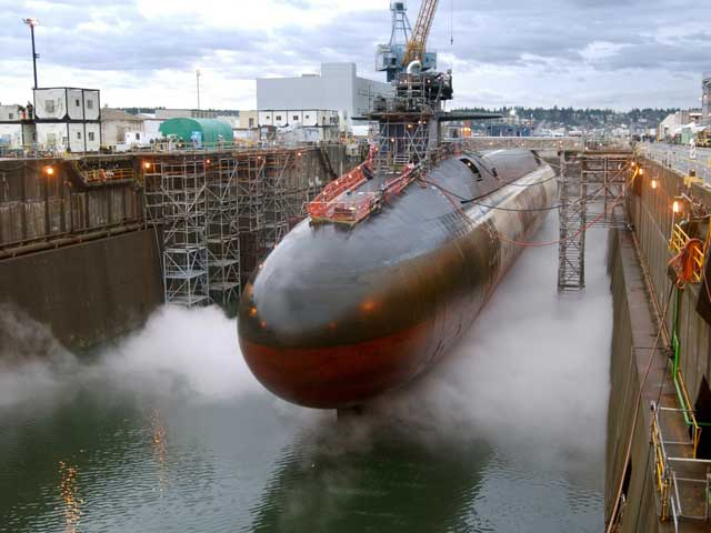 Video : Accident at nuclear submarine construction site, 1 dead
