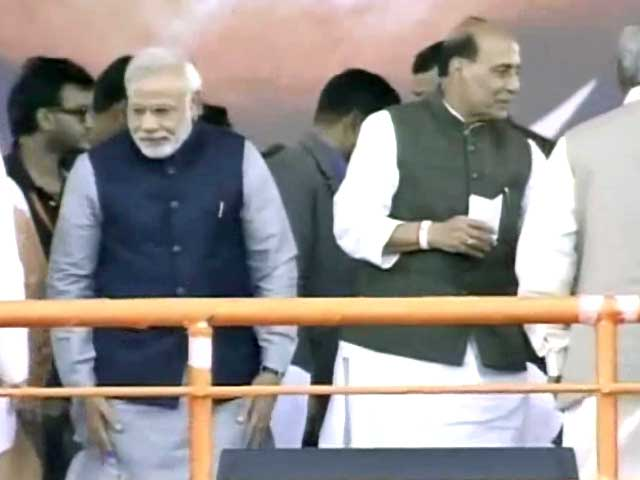 Video : After Varanasi, row over Lucknow seat for BJP?