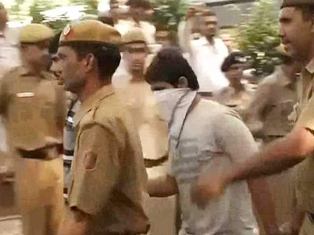 Video : Delhi gang-rape case: High Court confirms death sentence