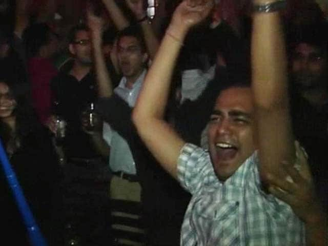 Video : Fans give three cheers to India after win over Pakistan