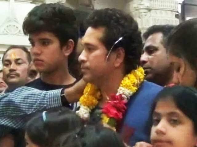Videos : सोमनाथ मंदिर में सचिन