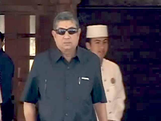 Videos : गावस्कर बनें बीसीसीआई के अंतरिम प्रमुख : सुप्रीम कोर्ट