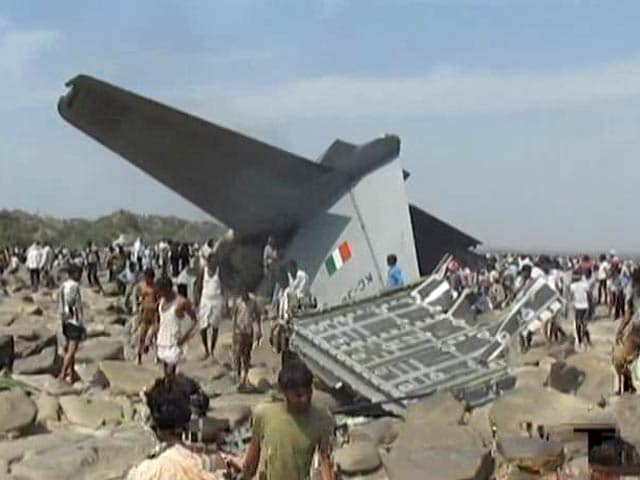 Video : Air Force's new C-130 J aircraft crashes near Gwalior, five killed