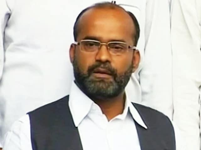 Video : नकवी पर साबिर अली का निशाना