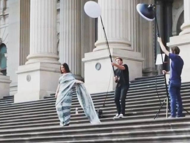 Video : Behind-the-scenes: Vidya Balan's photoshoot in Melbourne