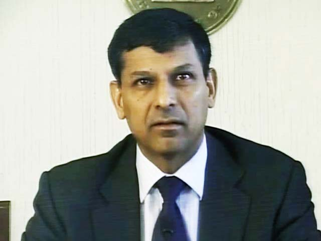 Video : RBI pauses on repo rate, as inflation cools