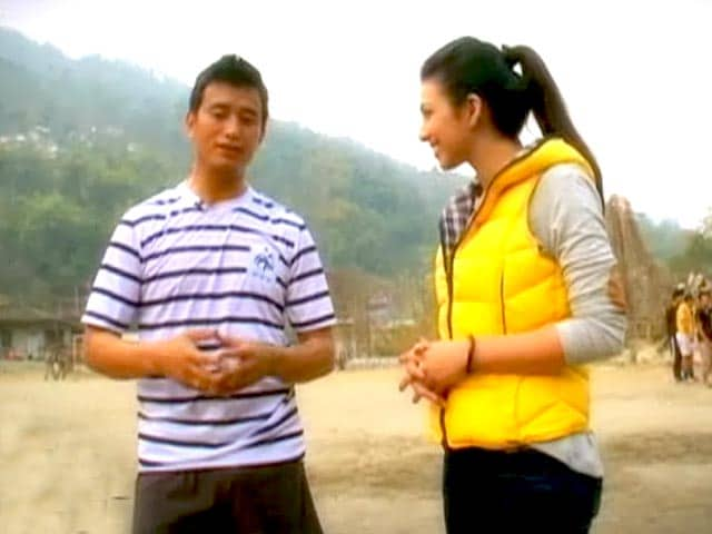 Video : On the tea trail with Baichung Bhutia in Darjeeling
