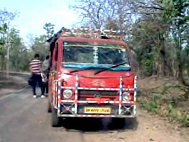 Videos : जमुई में मतदान के दिन धमाका, सीआरपीएफ के दो जवान शहीद