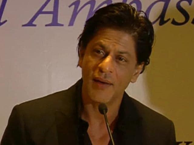 Video : Choose your leader carefully: Shah Rukh Khan