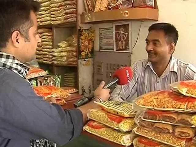 Video : Modi for PM? Godhra wary, Vadodara confident