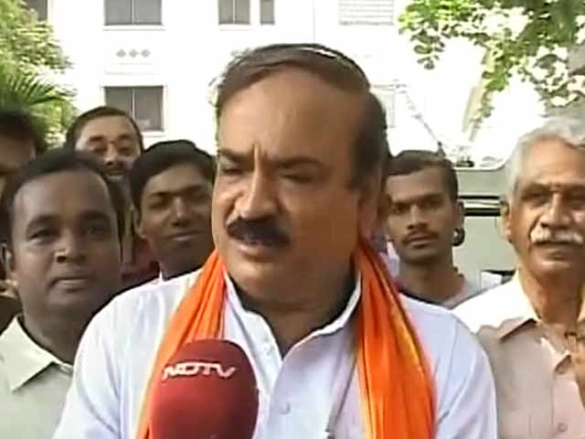 Video : Ananth Kumar sees colours of victory