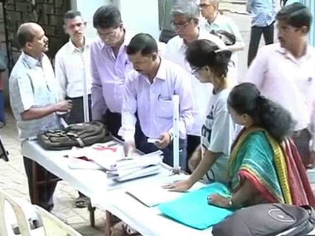 Video : Election Commission apology for missing voters' names in Maharashtra
