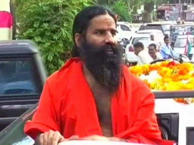 Video : Ramdev's meetings banned in Lucknow till May 16