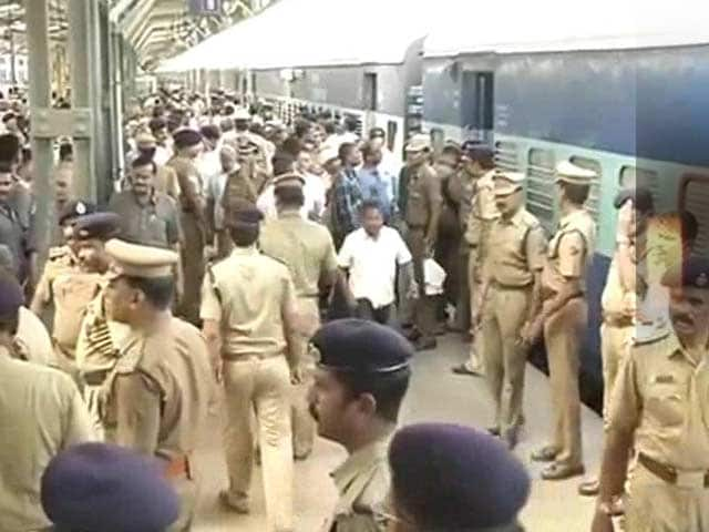 Video : Two Blasts on Train at Chennai Central Railway Station, Woman Dead
