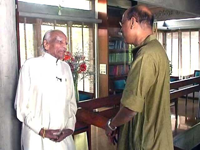 Video : Watch: Walk The Talk with Yogacharya BKS Iyengar