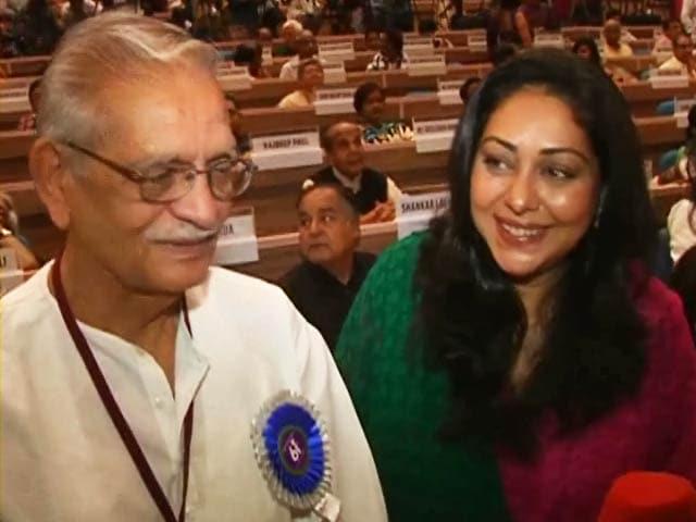 Videos : दादा साहेब फाल्के पुरस्कार विजेता गुलजार से बातचीत