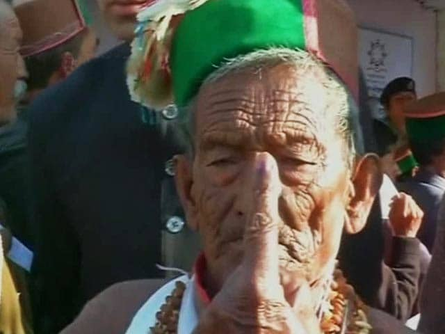 Video : India's First Voter, Now 97, Casts His Vote Amid Fanfare