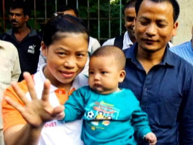 Video : Mary Kom returns to boxing after third baby