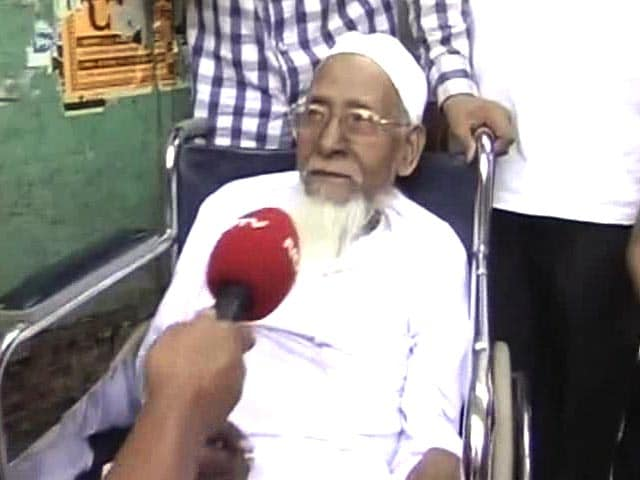 Video : Varanasi's Oldest Voter has not Missed a Single Poll