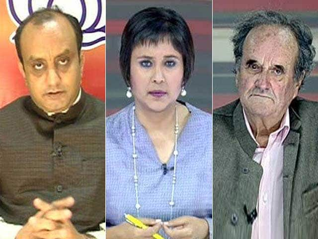 Video : Watch: Parivaar in BJP, Family in Congress - Influence of Nagpur and 10 Janpath?