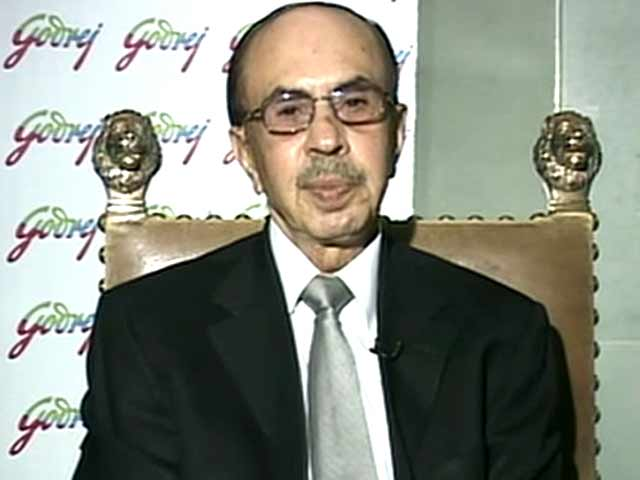 Video : Modi Should Target 8% Growth for 2015-16: Adi Godrej