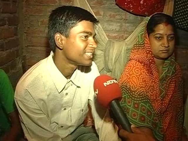 Video : Meet Bihar's Class 12 Topper, Son of a Gas Vendor