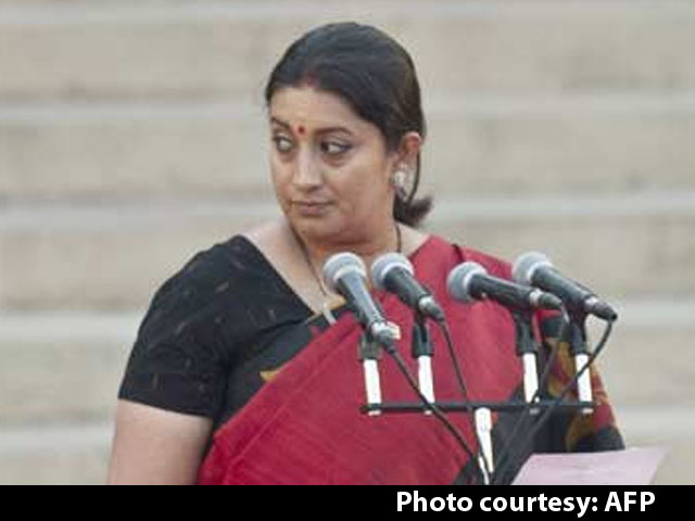 Video : Congress Frowns Upon Ajay Maken for Remarks on Smriti Irani's Education