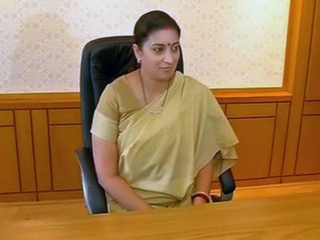 Video : Delhi University Suspends Five Officials for Leaking Smriti Irani's Documents