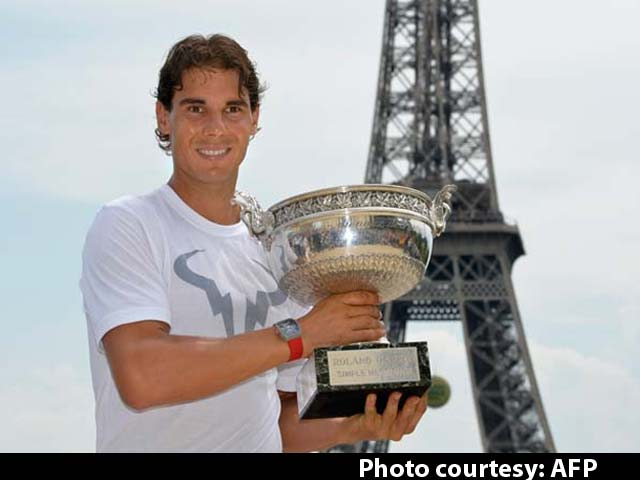 Video : Rafael Nadal Celebrates Win at Eiffel Tower
