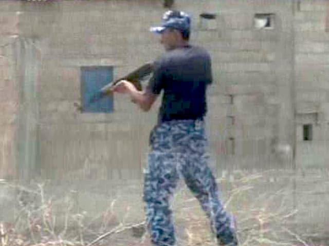Video : कराची एयरपोर्ट के बाहर फिर आतंकी हमला