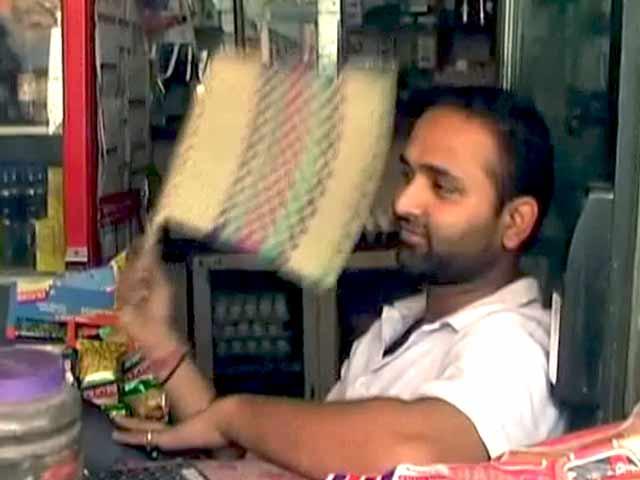 Video : खबरों की खबर : दिल्ली में बिजली संकट बनी चुनौती