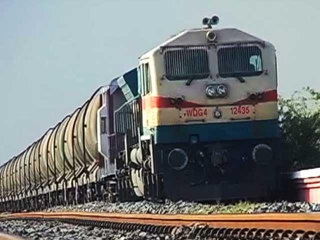 Video : भीलवाड़ा की प्यास बुझाती वॉटर ट्रेन