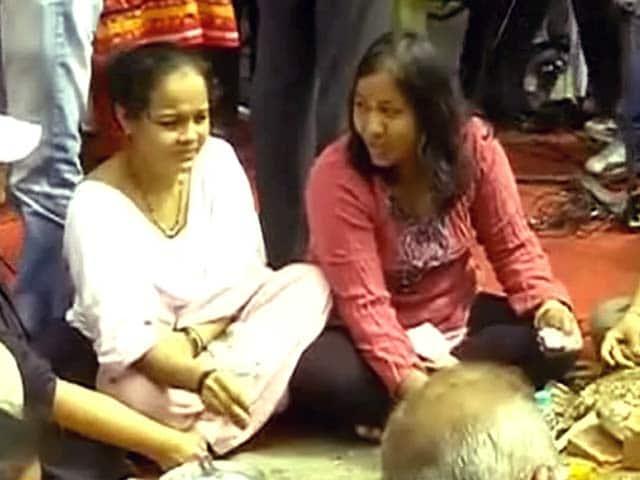 Video : कैम्पा कोला कंपाउंड में बीएमसी अधिकारियों का विरोध
