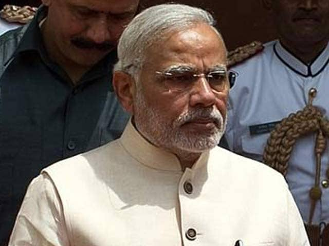 Video : At One-Month Mark, PM Gives His Team Three Focus Areas