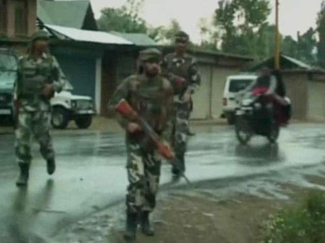 Video : Sopore Encounter: Lashkar Commander Killed